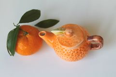 Citrusfrukter av Sicilien - tangerin - liten tekanna - Italien Royaltyfri Foto