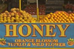 citrusfrukthonungförsäljning arkivfoto