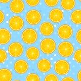 Citrust runt stycke Citron och orange sömlös modell Vektorillustration på den texturerade blåa pricken fotografering för bildbyråer