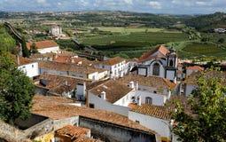 Città all'interno delle pareti del castello, Obidos, Portogallo Immagine Stock Libera da Diritti