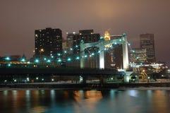 Città alla notte Fotografie Stock Libere da Diritti