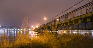 Città alla notte Ponticello Fotografia Stock