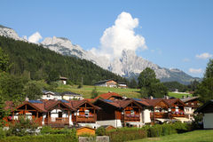 Città alpina Immagini Stock Libere da Diritti