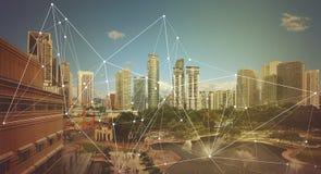 Città astuta e rete di comunicazione senza fili immagini stock libere da diritti