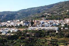 Città bianca, Lanjaron, Andalusia, Spagna. Fotografie Stock Libere da Diritti