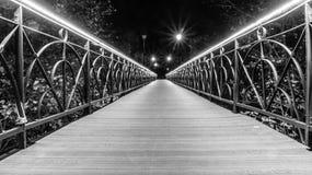 Città in bianco e nero, ponte degli amanti Immagine Stock