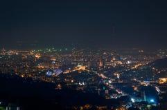 Città Brasov durante la notte Fotografie Stock Libere da Diritti