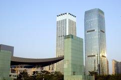 Città con i grattacieli moderni fotografia stock