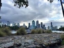 Città con la nuvola Immagini Stock
