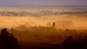 Città con nebbia Fotografia Stock