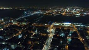 Città concentrare Filadelfia di vista aerea & zona circostante alla notte archivi video