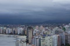 Città costiera brasiliana nello stato fotografia stock
