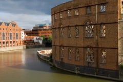 Città del canale del fiume di sviluppo della costruzione Fotografia Stock Libera da Diritti