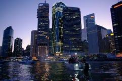 Città del fiume di Brisbane al crepuscolo Immagine Stock Libera da Diritti