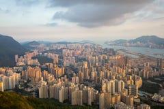 Città dell'Asia con traffico fotografie stock