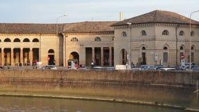 Città dell'italiano della passeggiata della città L'architettura di Senigalia La Marche L'Italia archivi video