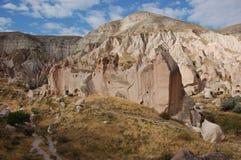 Città della caverna di Ortahisar in Cappadocia - abbellisca, la Turchia Immagine Stock