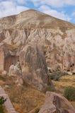 Città della caverna di Ortahisar in Cappadocia - abbellisca, la Turchia Immagini Stock Libere da Diritti