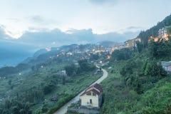 Città della montagna di Sapa nel Vietnam del Nord a penombra Immagine Stock Libera da Diritti