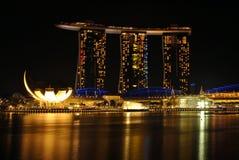 Città della notte ai baysands del porticciolo, Singapore Immagine Stock