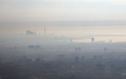 Città dello smog Immagini Stock Libere da Diritti