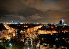 Città di Amsterdam del nord alla notte Immagini Stock