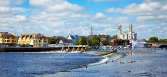 Città di Athlone e fiume di Shannon Fotografia Stock Libera da Diritti