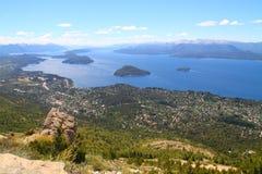 Città di Bariloche osservata dalla cima Fotografia Stock Libera da Diritti