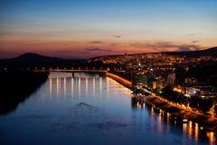 Città di Bratislava al crepuscolo Fotografia Stock Libera da Diritti