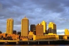 Città di Brisbane alla notte Immagini Stock