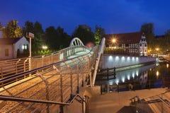 Città di Bydgoszcz di notte in Polonia fotografie stock