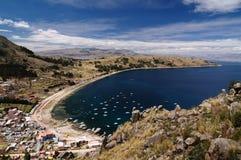 Città di Copacabana, lago Titicaca, Bolivia Immagine Stock Libera da Diritti