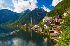 Città di estate, alpi, Austria di Hallstatt Fotografia Stock Libera da Diritti