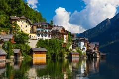 Città di estate, alpi, Austria di Hallstatt Immagini Stock