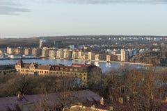 Città di Gothenburg alla riva del fiume nell'inverno Fotografia Stock