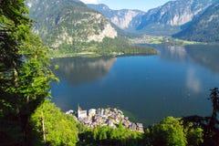 Città di Hallstatt da Alp Mountains Fotografia Stock Libera da Diritti