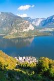 Città di Hallstatt da Alp Mountains Fotografie Stock Libere da Diritti