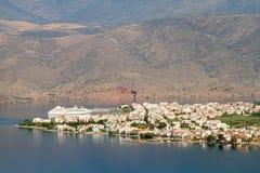 Città di Itea da sopra Fotografia Stock Libera da Diritti