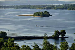 Città di Kaniv, Ucraina Fiume di Dnipro Parco di Taras Shevchenko immagini stock libere da diritti