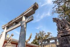 CITTÀ DI KASHIMA, SAGA, GIAPPONE - 11 MARZO 2017: Portone di Torii di Yutok Fotografie Stock Libere da Diritti