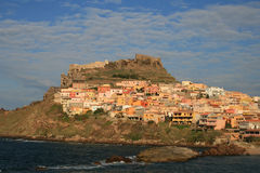 Città di Kastelsardo, Sardegna Fotografia Stock