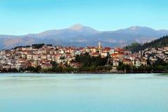Città di Kastoria, lago La Grecia Immagini Stock