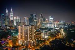 Città di Kuala Lumpur alla notte Fotografie Stock