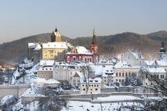 Città di Loket nell'inverno, repubblica Ceca  fotografia stock libera da diritti