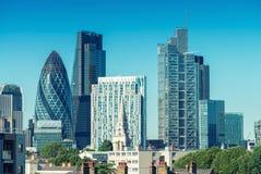 Città di Londra Orizzonte un bello giorno di estate fotografie stock libere da diritti