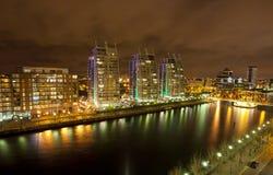 Città di Manchester alla notte Fotografia Stock