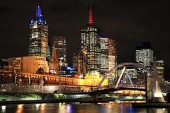 Città di Melbourne alla notte Fotografie Stock