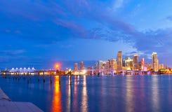 Città di Miami Florida, panorama di tramonto di estate Fotografia Stock