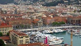 Città di Nizza - punto di vista di Port de Nice Immagine Stock