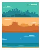 Città di notte di panorama, mare di giorno e montagna di tramonto Fotografia Stock Libera da Diritti